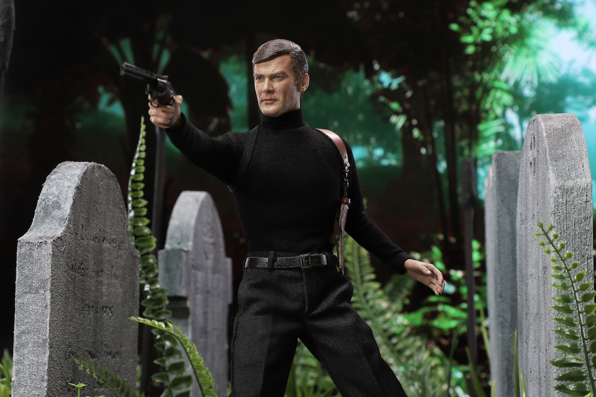 RM001 Roger Moore Officially Licensed Action Figure