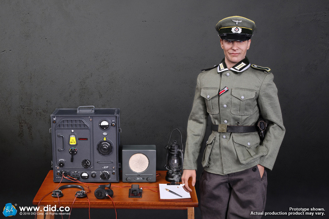 D80133  WWII German Communication 3 WH Radio Operator Gerd