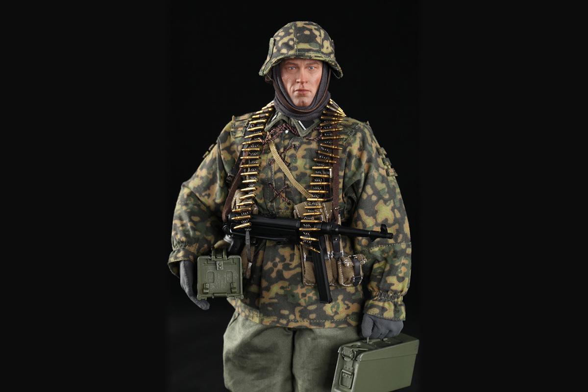 D80125 3rd SS-Panzer-Division MG34 Gunner Ver. B Baldric