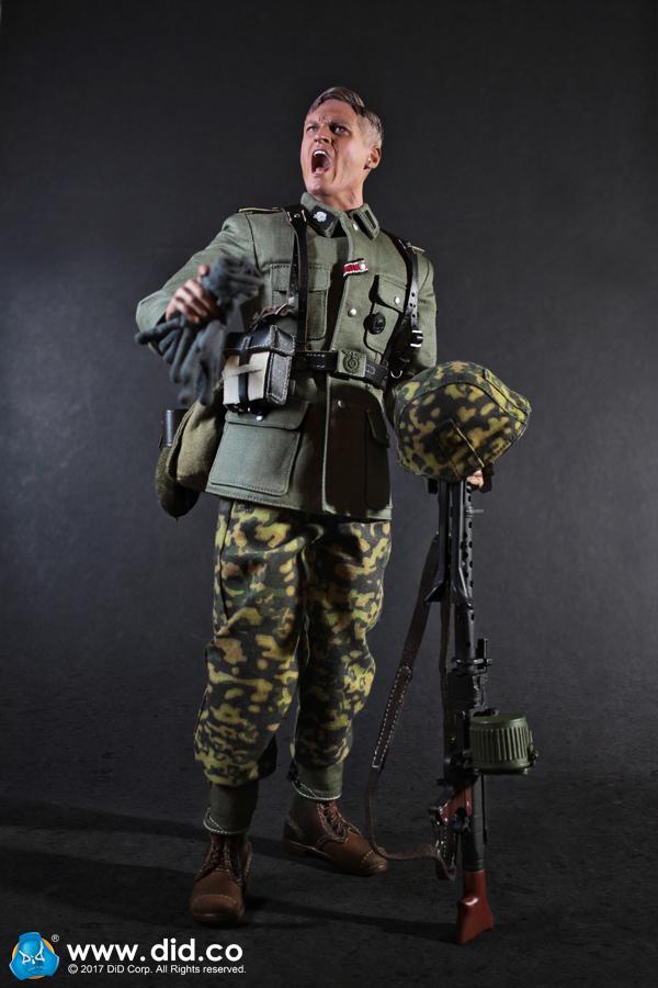 D80124 3rd SS Panzer Division MG34 Gunner Alois