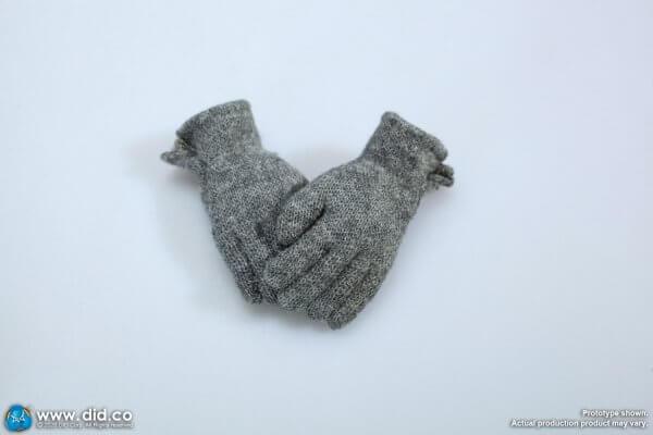 1/6 Grey gloves