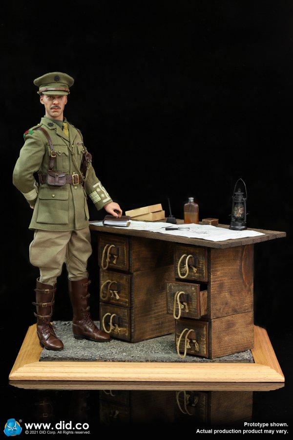 WW1 War Desk Diorama Set